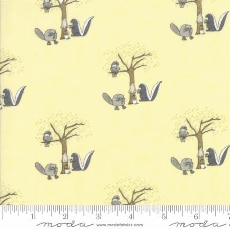 Q - Moda - Hushabye Hollow - Skunk Yellow