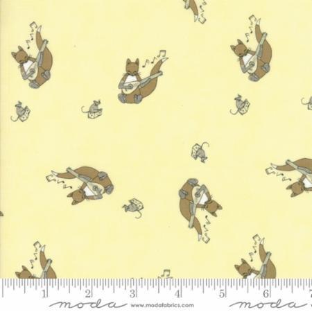 Q - Moda - Hushabye Hollow - Fox Yellow
