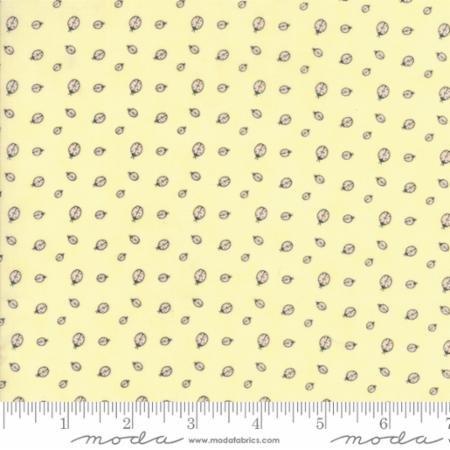 Q - Moda - Hushabye Hollow - Twinkle Yellow