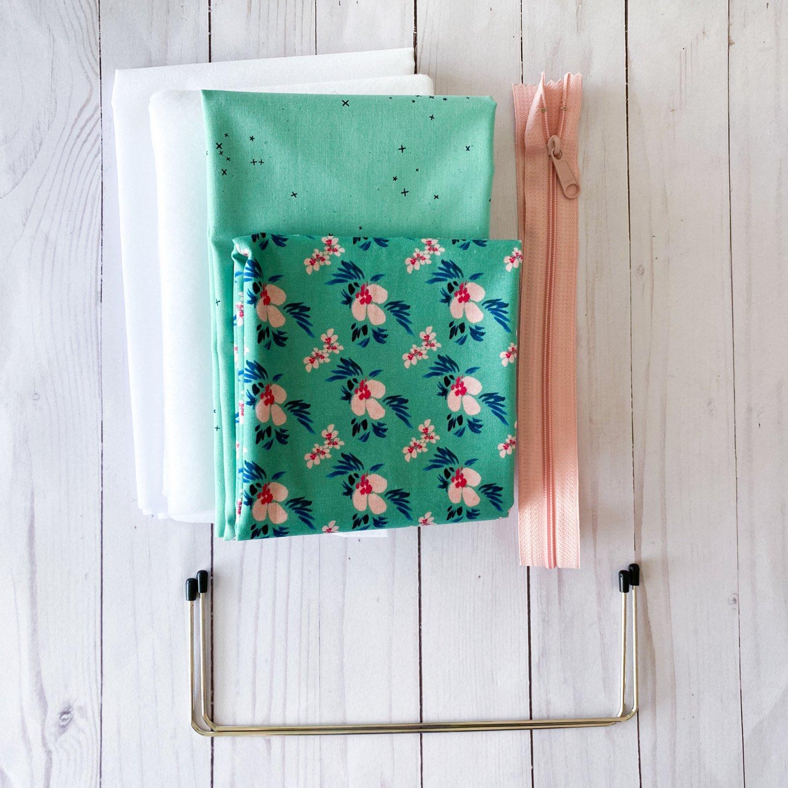 Retreat Bag Kit - Large Pouch - Urban Jungle
