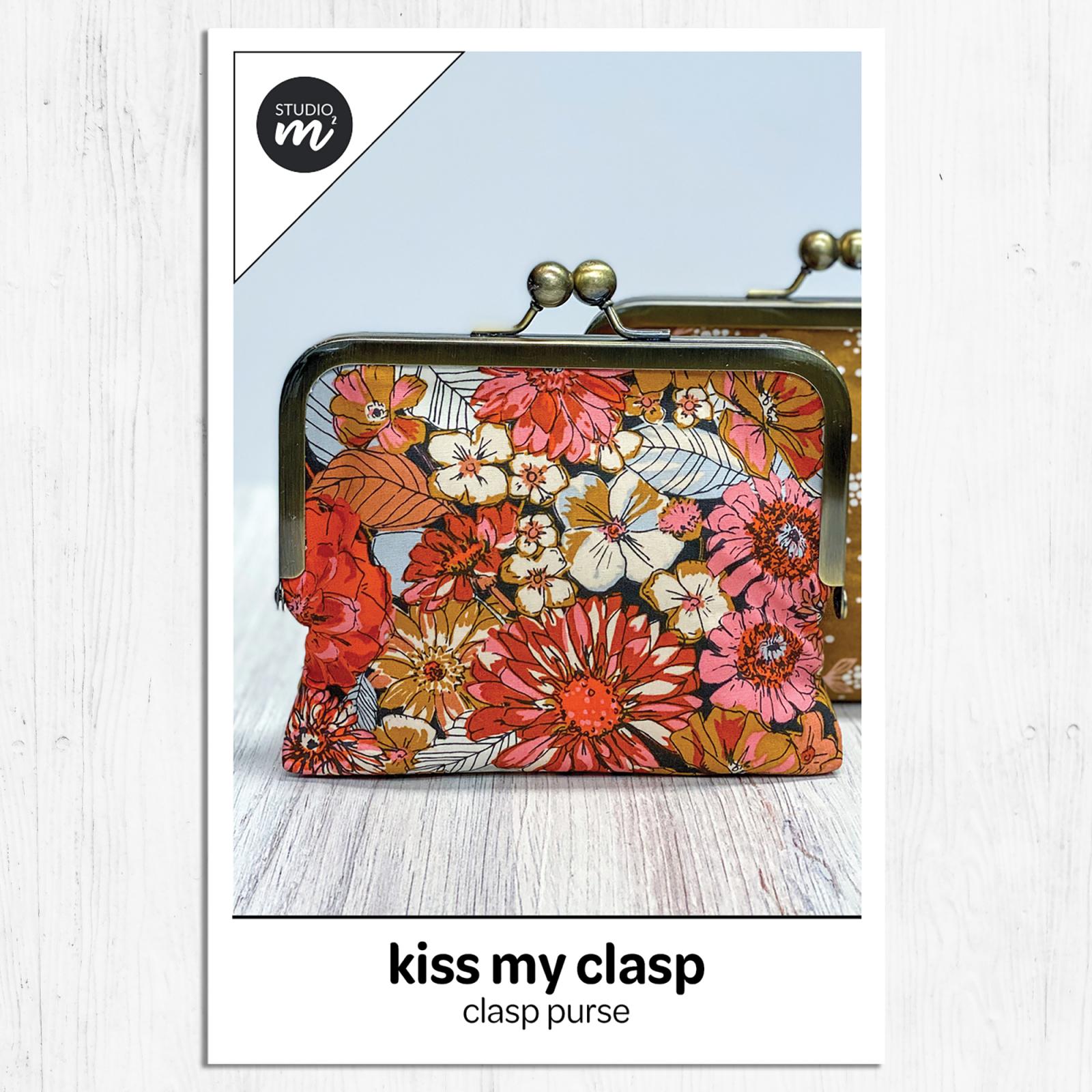 Studio M Squared - Kiss My Clasp