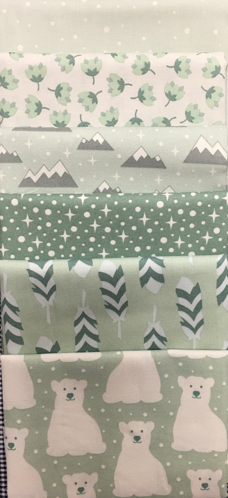 Baby Cot Quilt Cool Greens