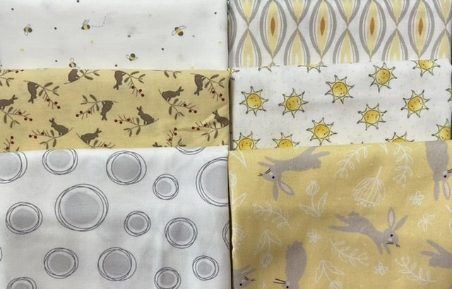 Baby Cot Quilt Lemon bunnies and bees