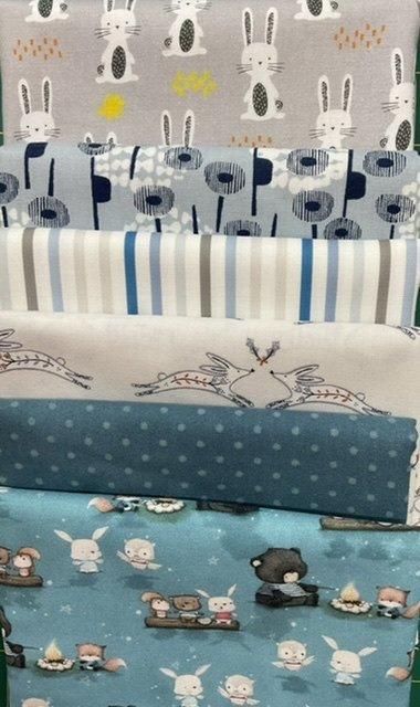 Baby Cot Quilt bunnies blue