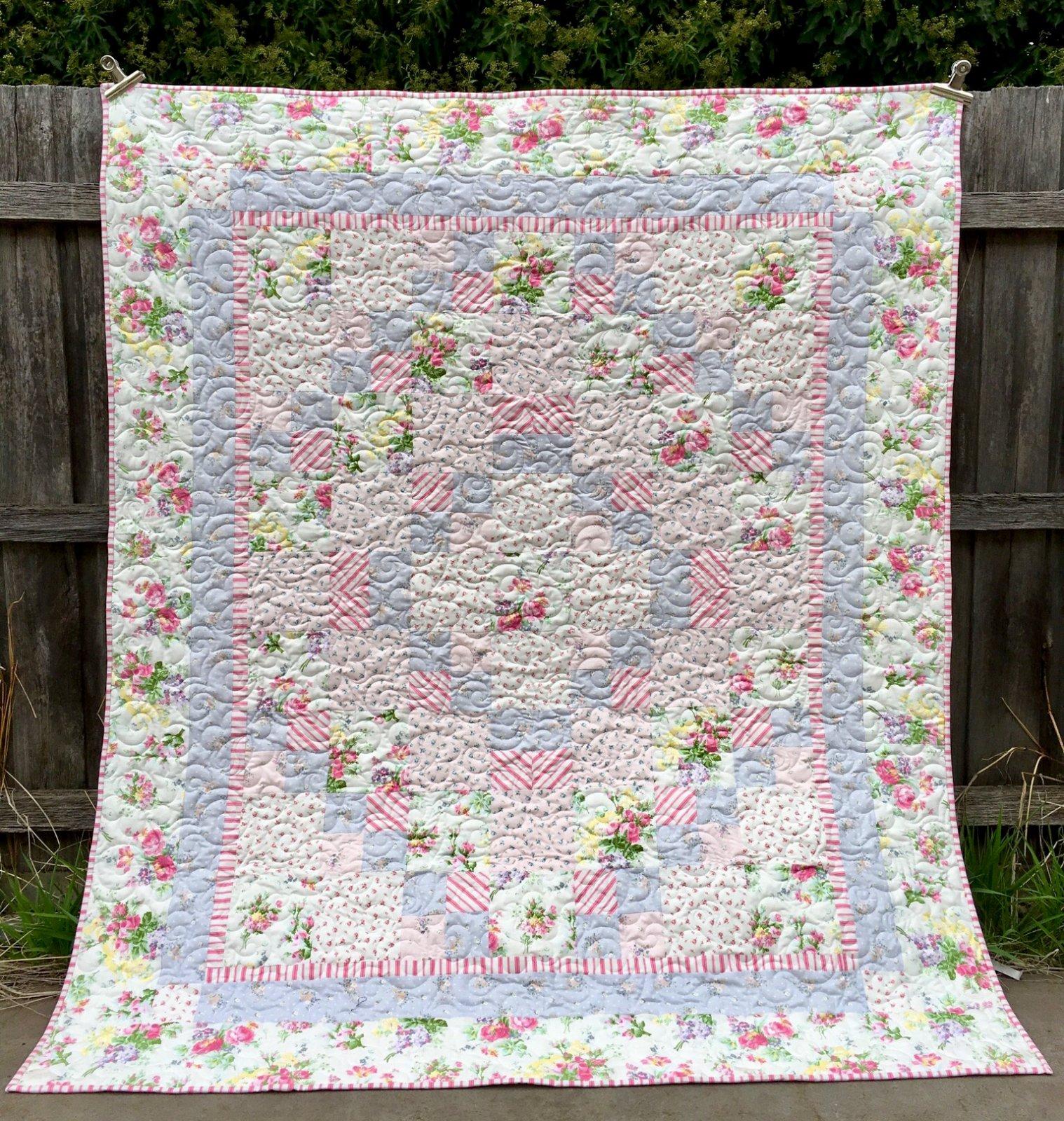 Rose Garden Quilt Kit