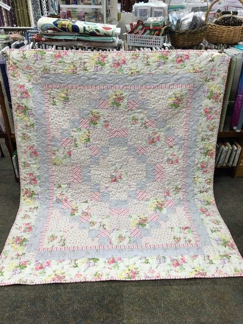 Shabby Chic Roses quilt