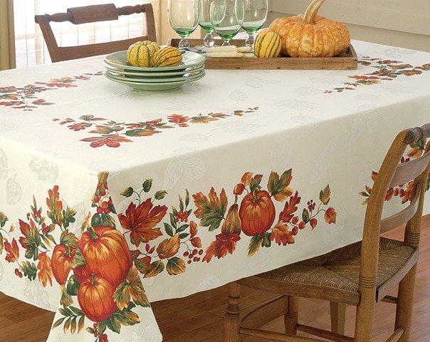 112631561 Bountiful Harvest TableCloth 60