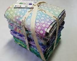 120 FQFF Freeform 18 Pc Fat Quarter Bundle
