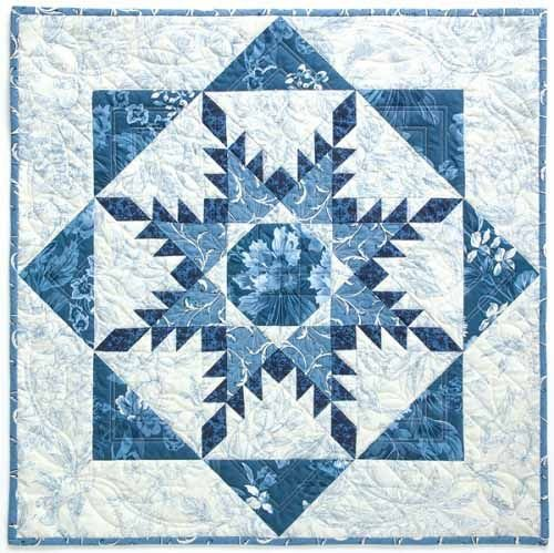 Radiant Feathered Star Wall Hanging Demo