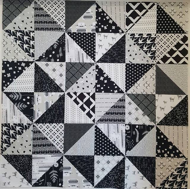 'Just Black and White' Quilt Kit