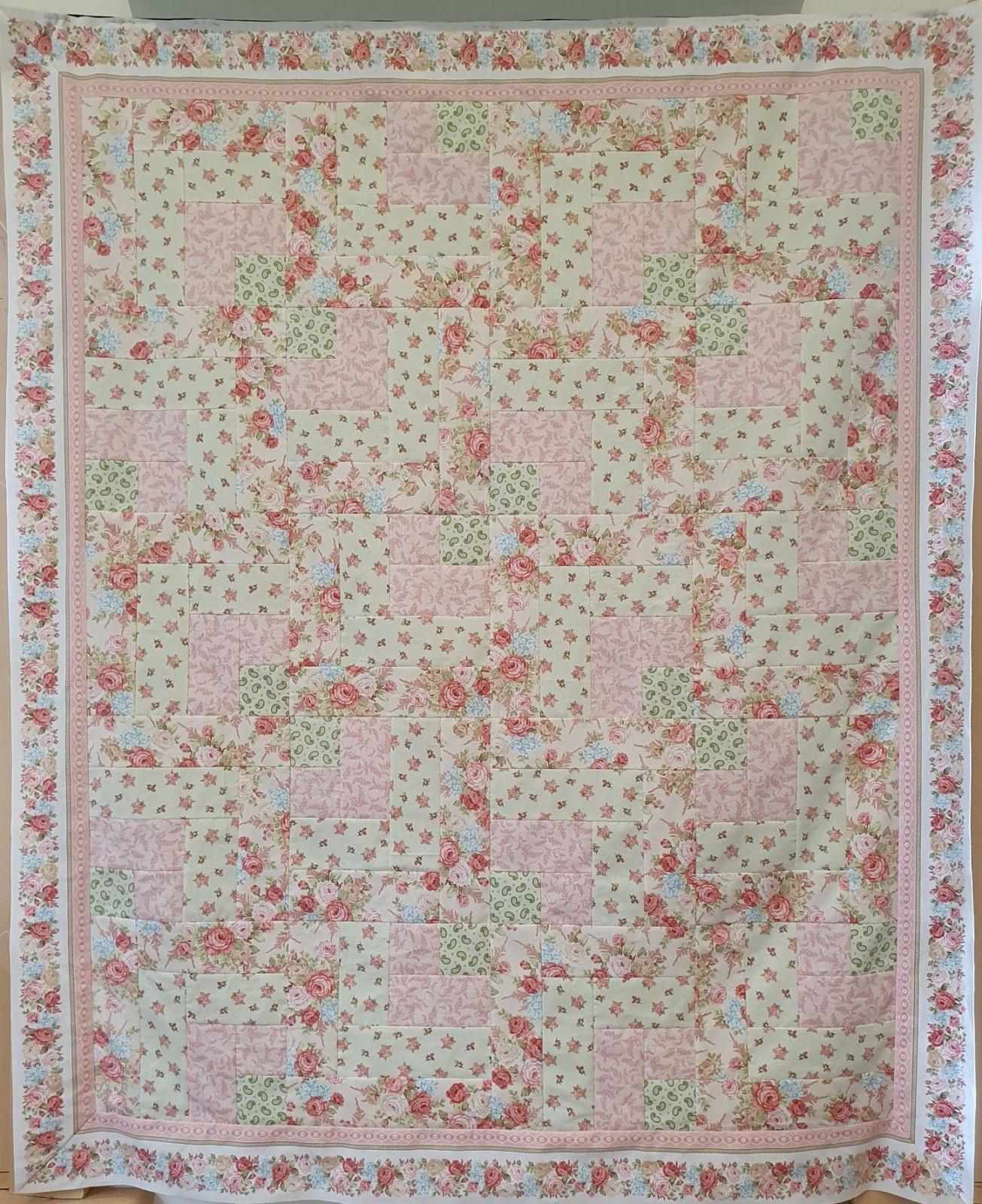 'Floral Cascade' Quilt Kit