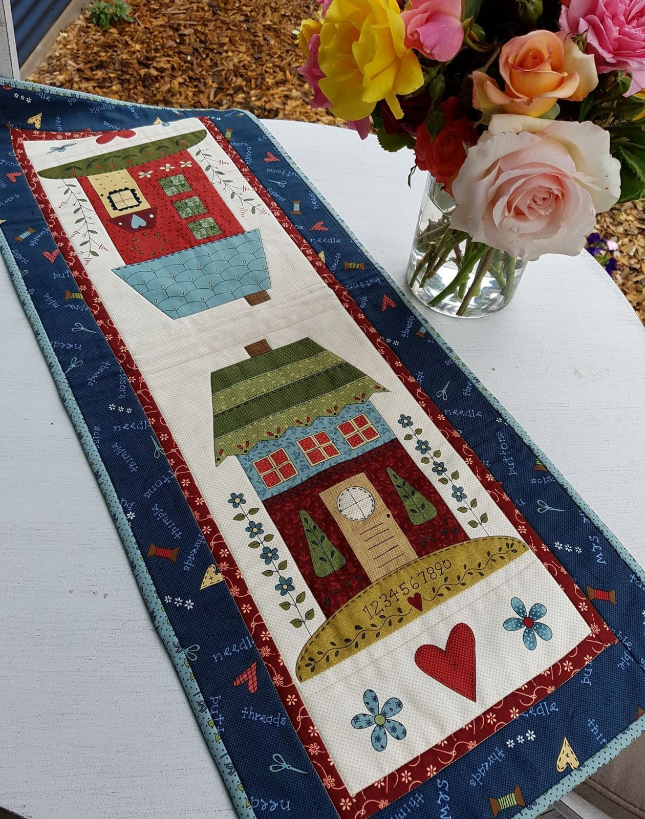 'Take me home' table runner kit