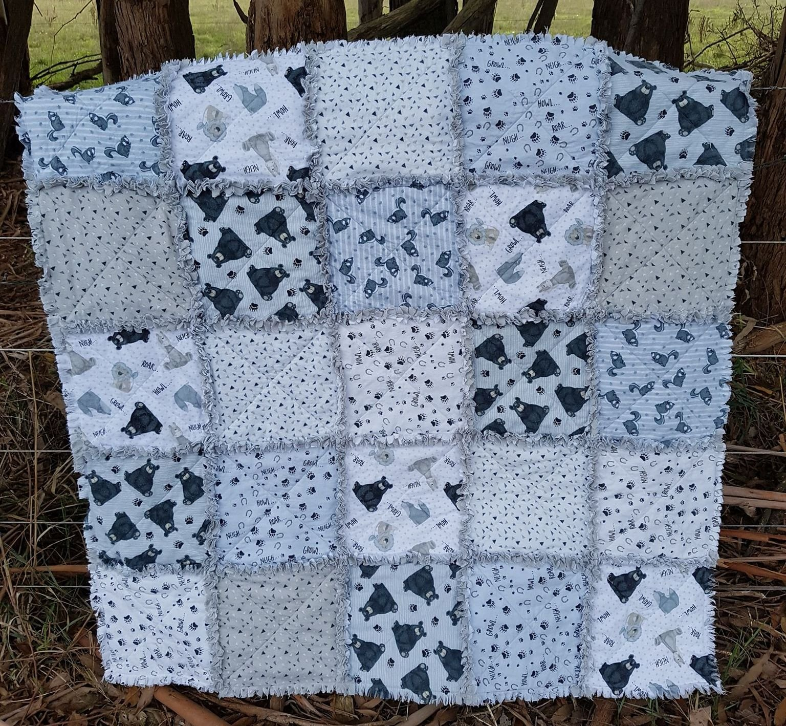 Flannel Friends Raggy Quilt kit