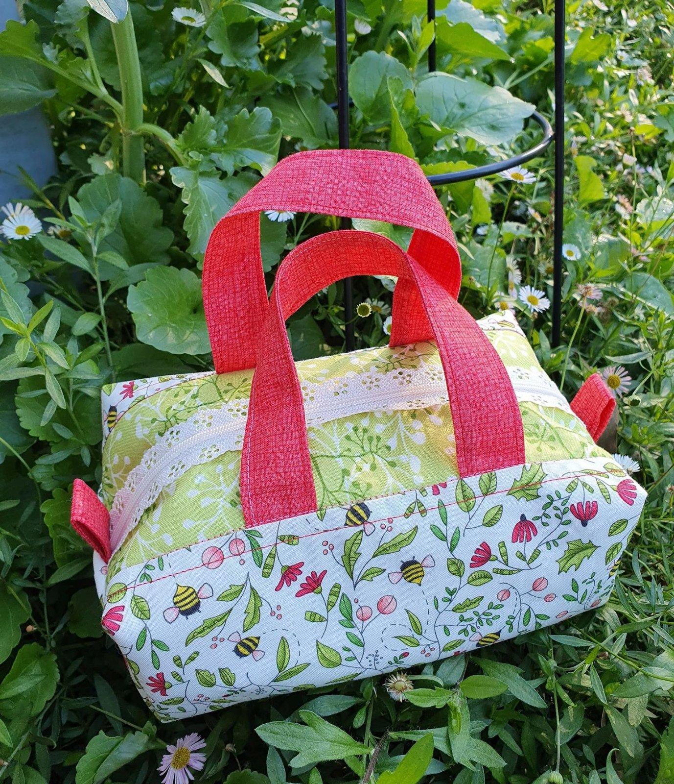 Stitch in Spring Bag pre-cut kit