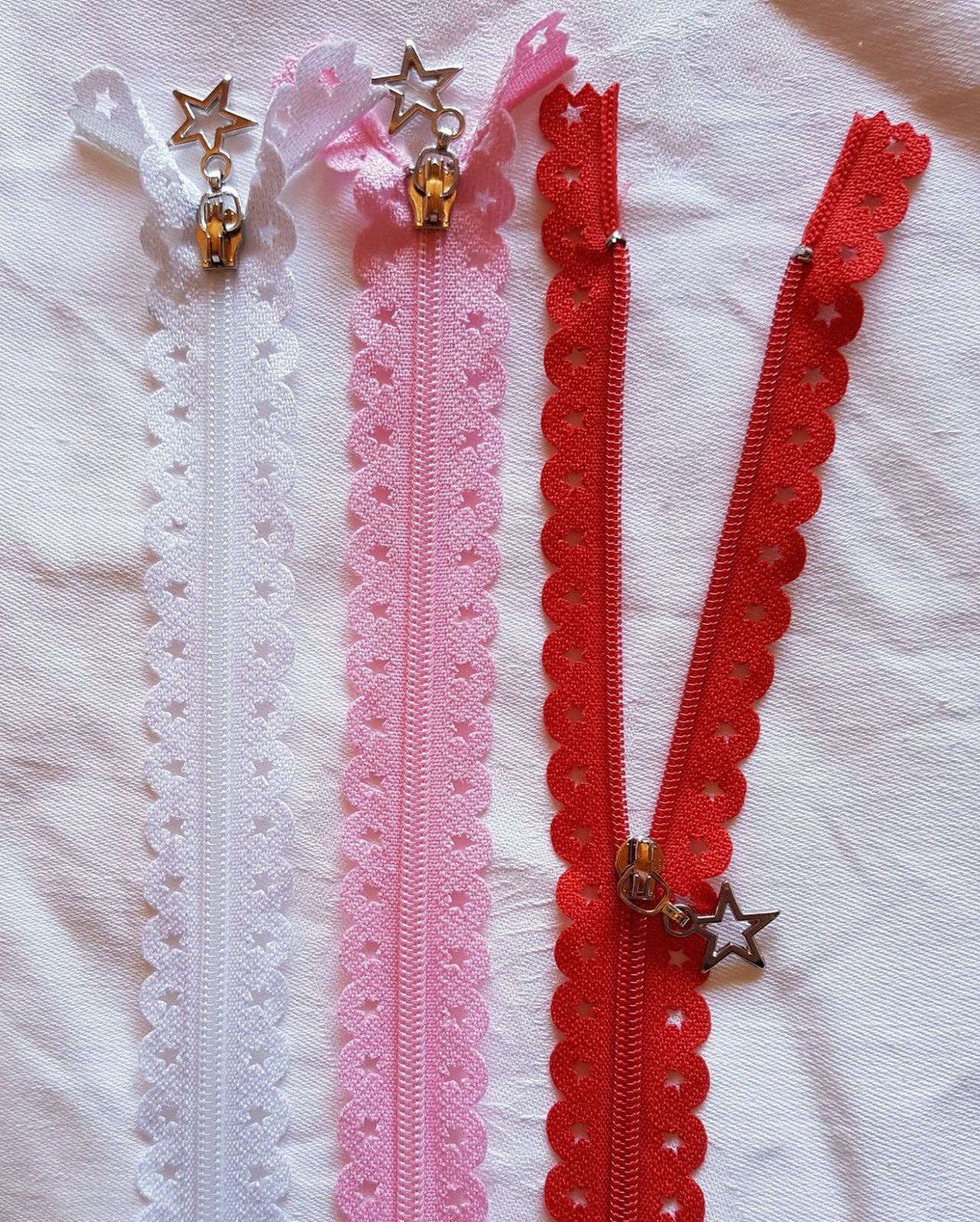 Lace Star Zippers