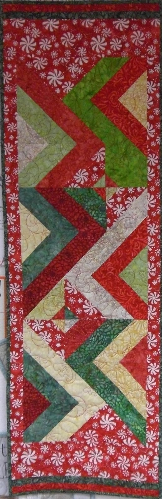 Finished quilt Rockin' Jelly Roll Christmas Runner