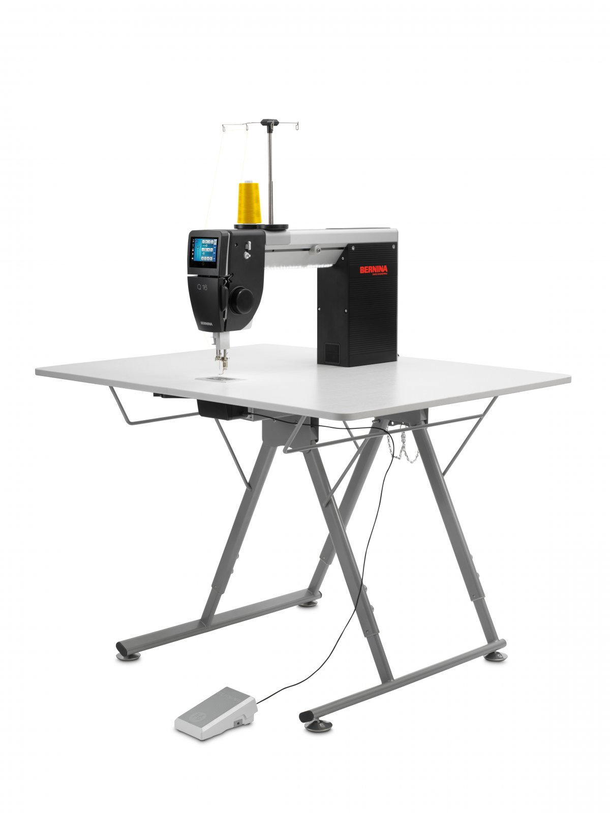 Q16 Sitdown Longarm with folding table