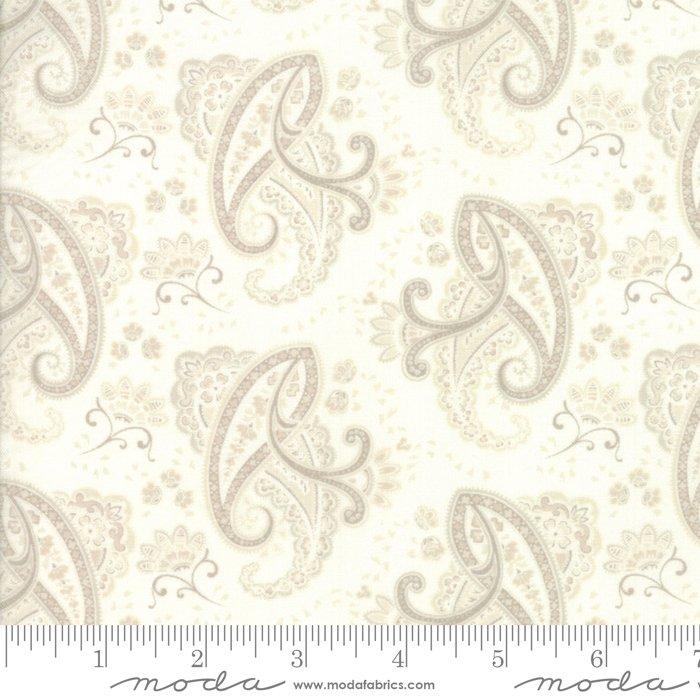 Fabric Regency Ballycastle 42325-17 Off White