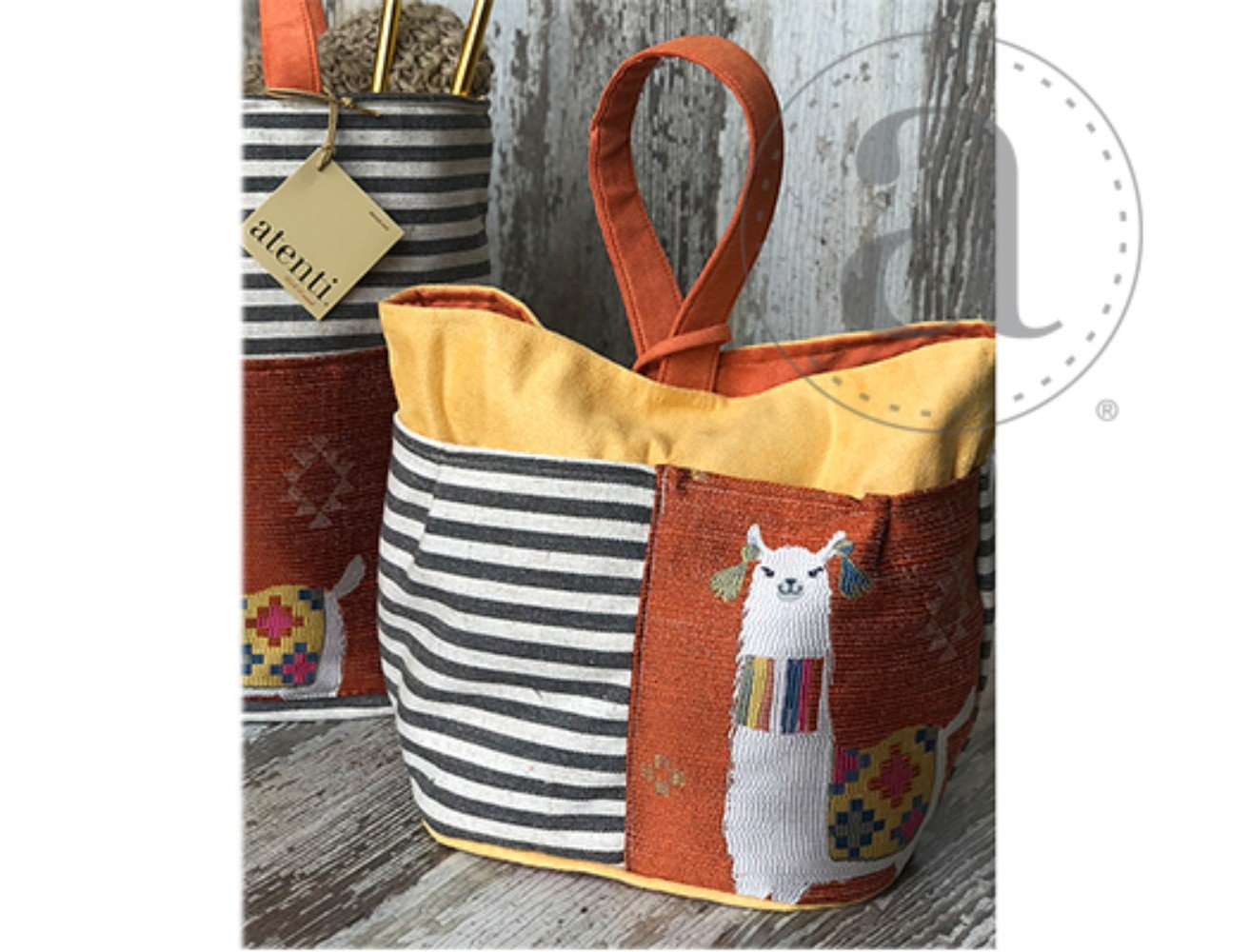 Atenti Mamallama Tall Caddy Orange