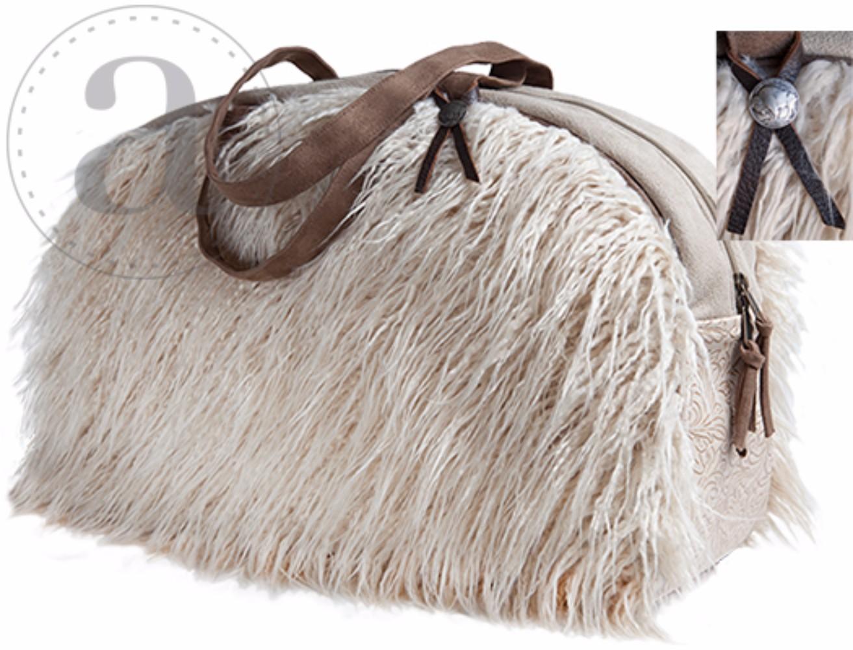 Atenti Overnight Llama Bag