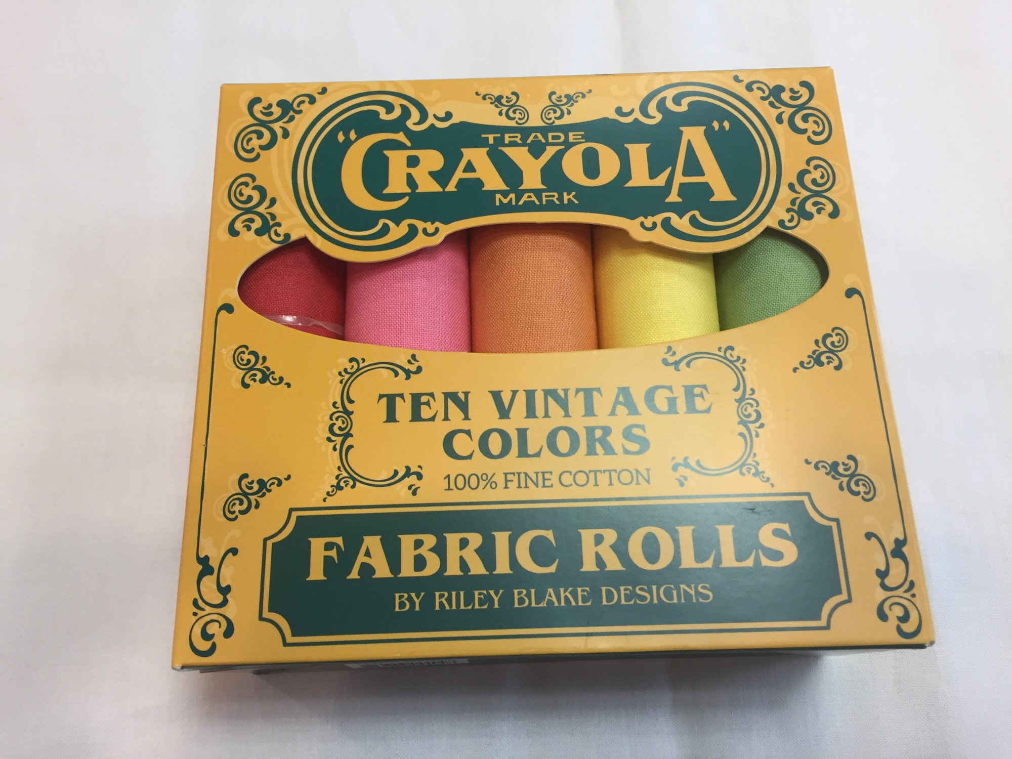Crayola  Vintage Fat Quarter Bundle Box 10