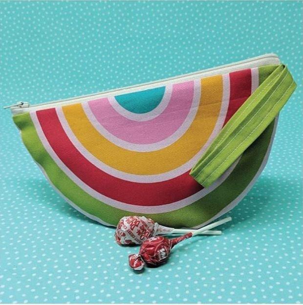 Cut Sew Create - Rainbow Zipper Pouch Panel
