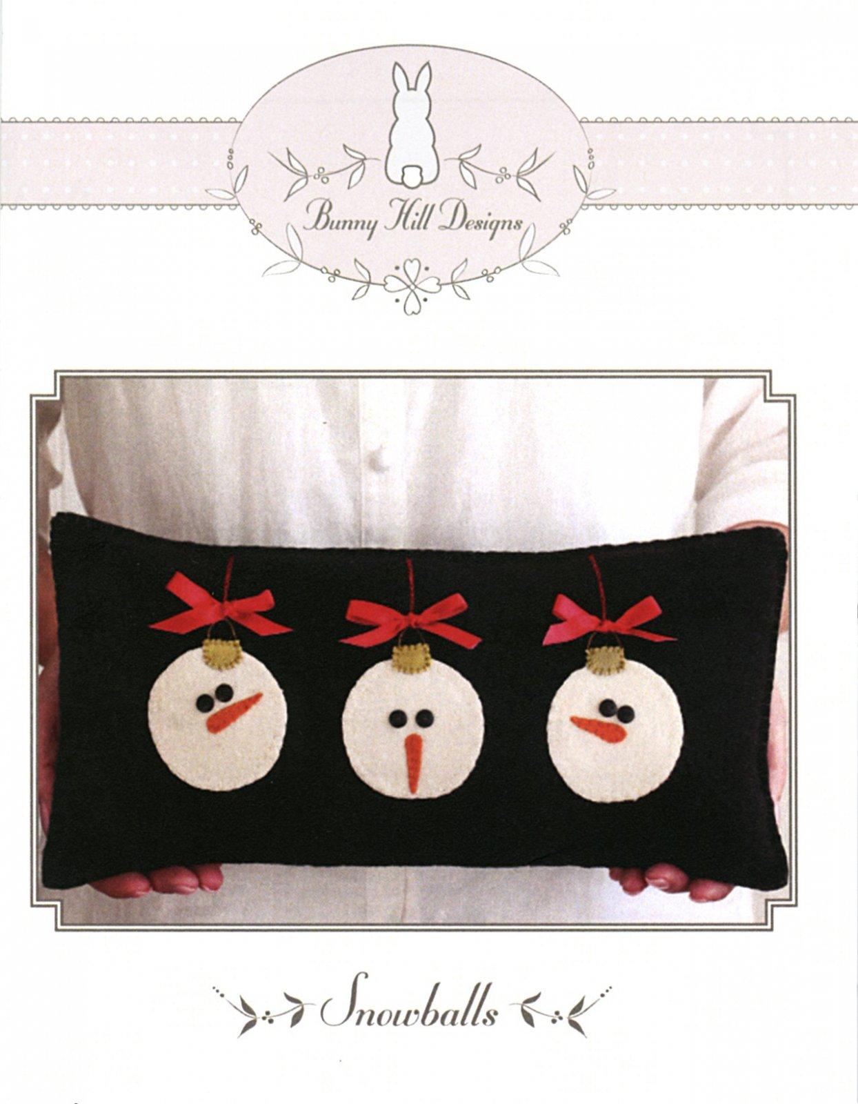 Petites - Snowballs Pillow
