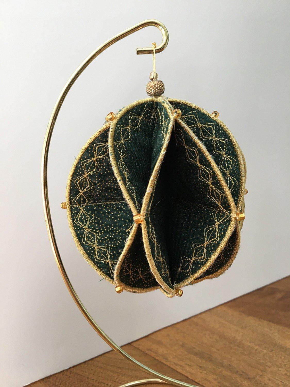 Machine Embroidery Fold'N Stitch Ornaments