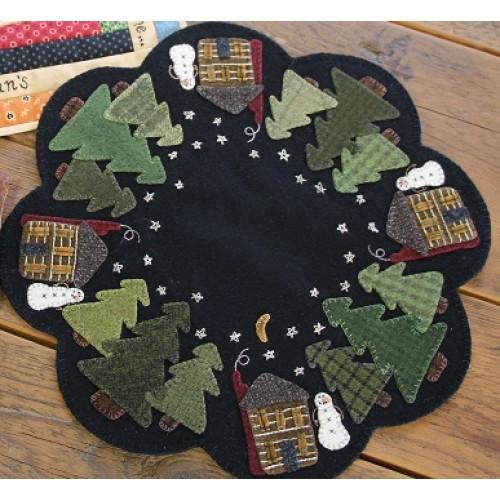Primitive Gatherings - Winter Cabin Table Mat Kit