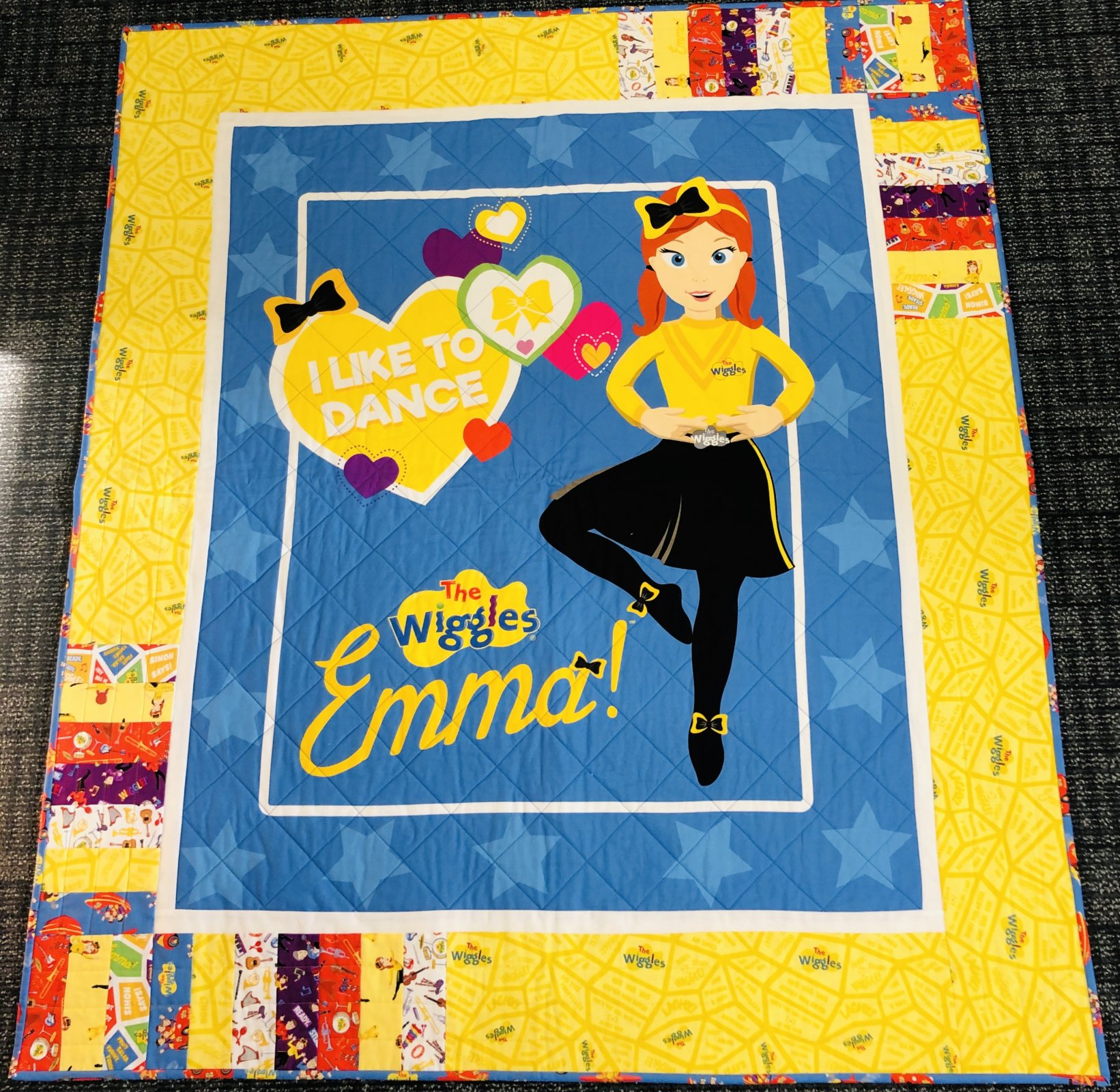 Emma Wiggle Quilt Kit Blue