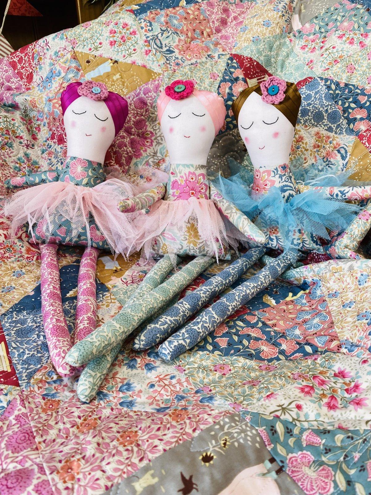 Nina the Ballerina Kit in Windy Days Mint
