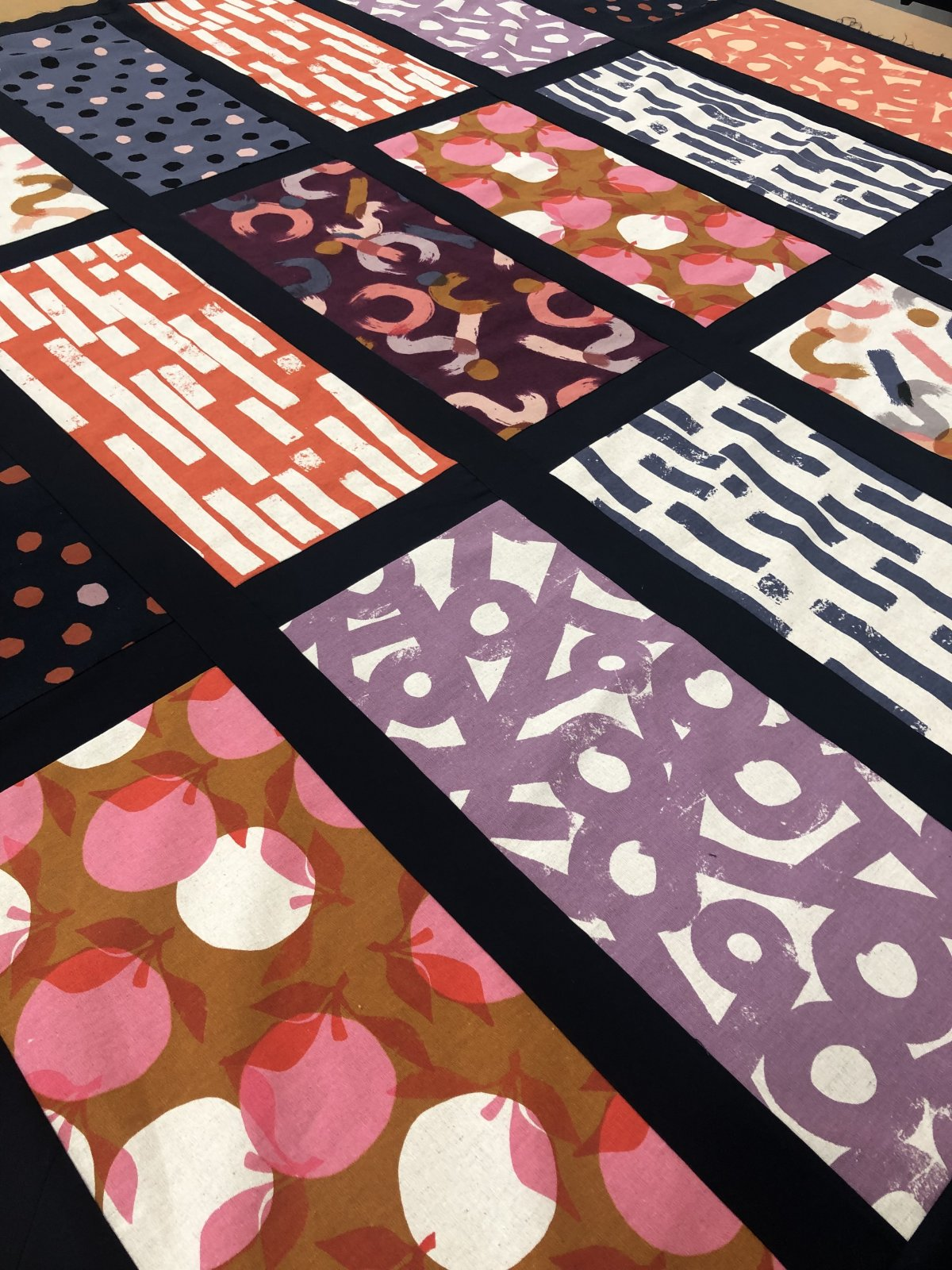 Ink & Sunset Quilt Kit