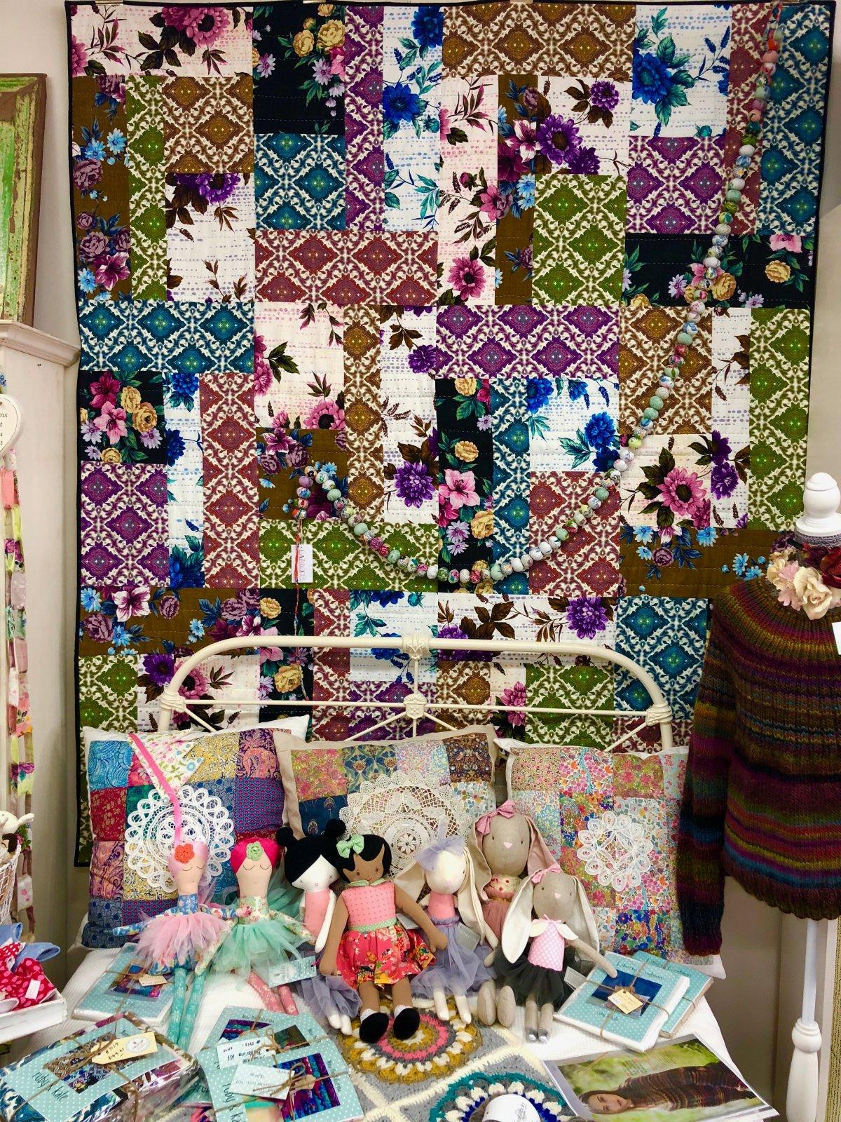 Nanna's Curtains Quilt Kit
