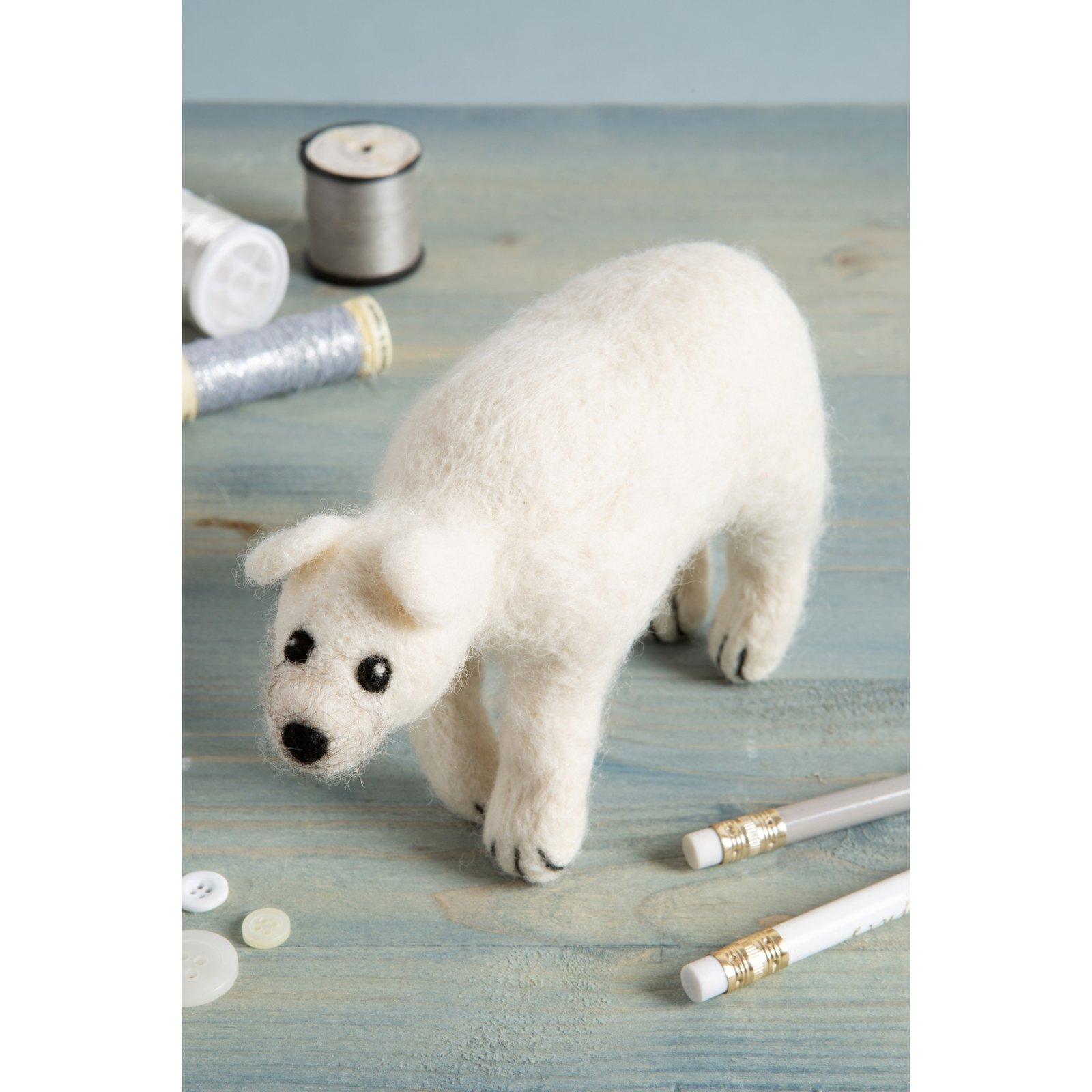 Hawthorn Handmade Polar Bear Needle Felting Kit