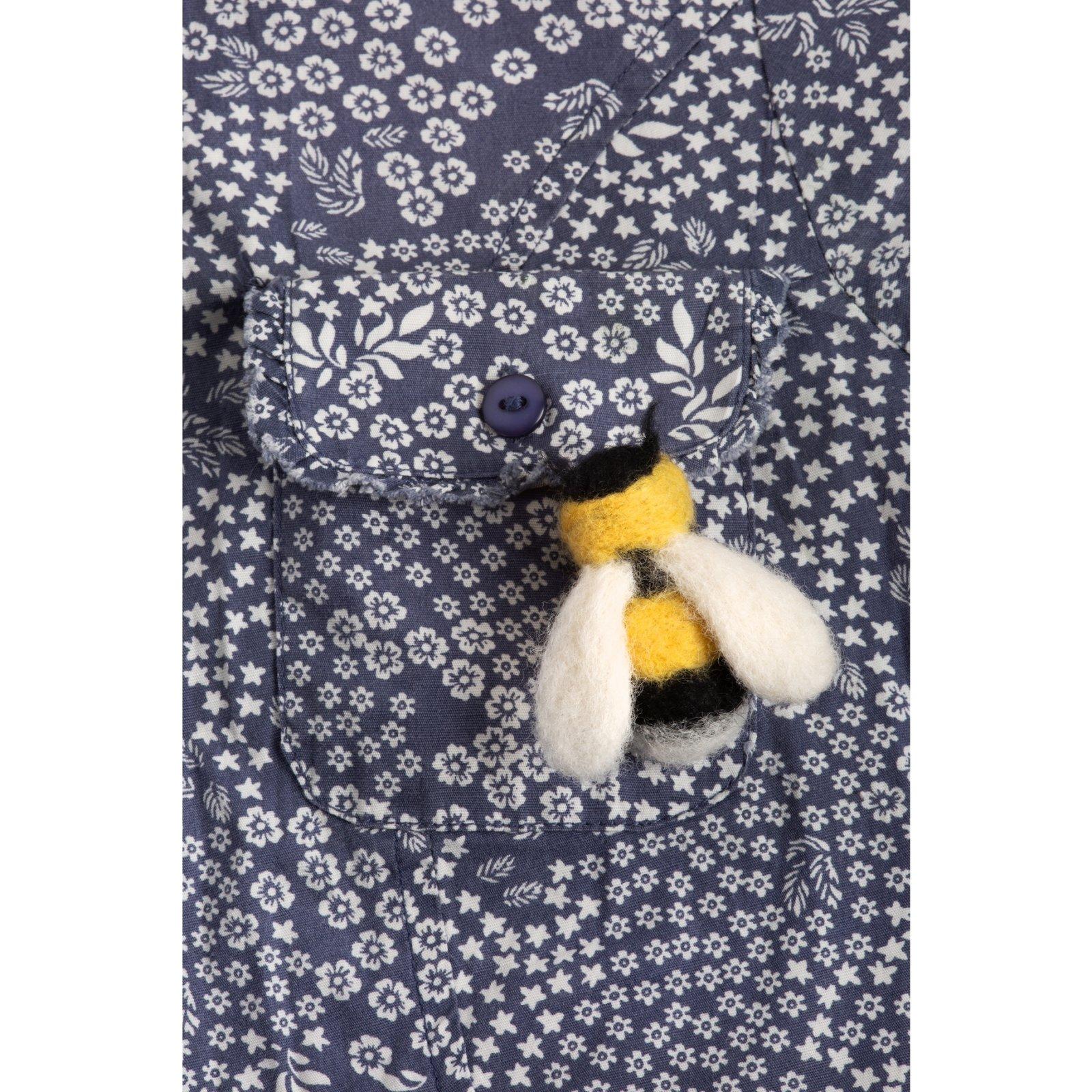 Hawthorn Handmade Bee Brooch Felting Kit Needle Felting Kit
