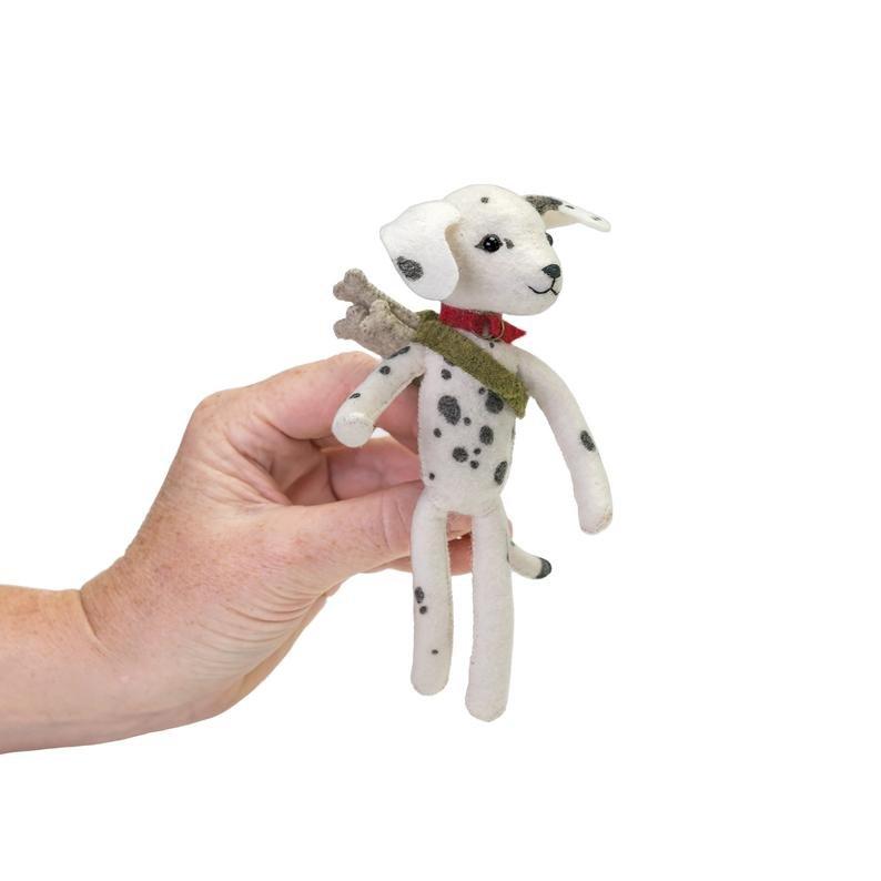 Dahlia Dalmatian hand-stitching kit by thread follower