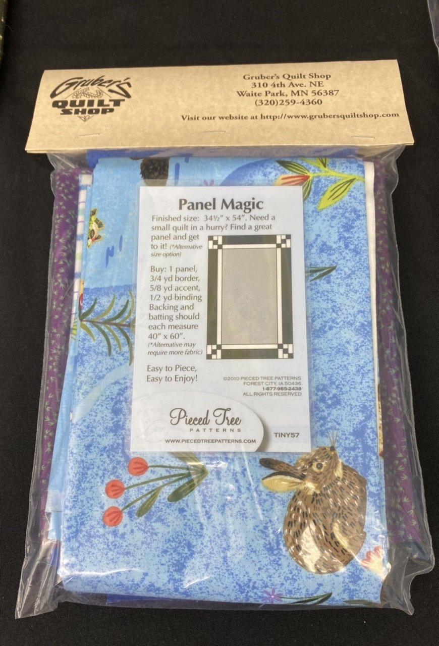 Panel Magic/Quilt Minnesota Purple 34.5 x 54