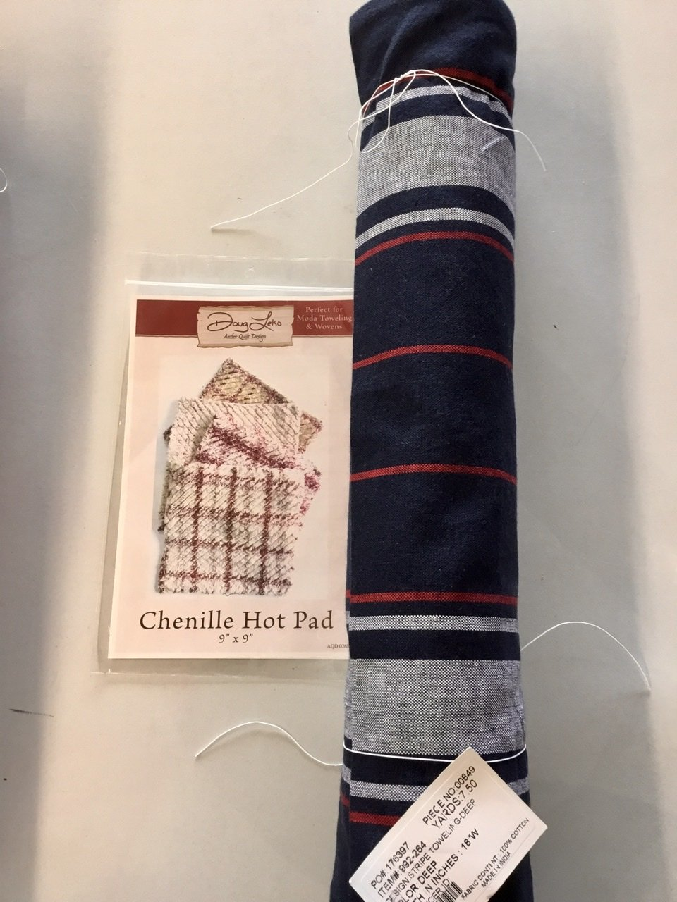 Red, White, & Navy Towel & Chenille Hot Pad Pattern Kit