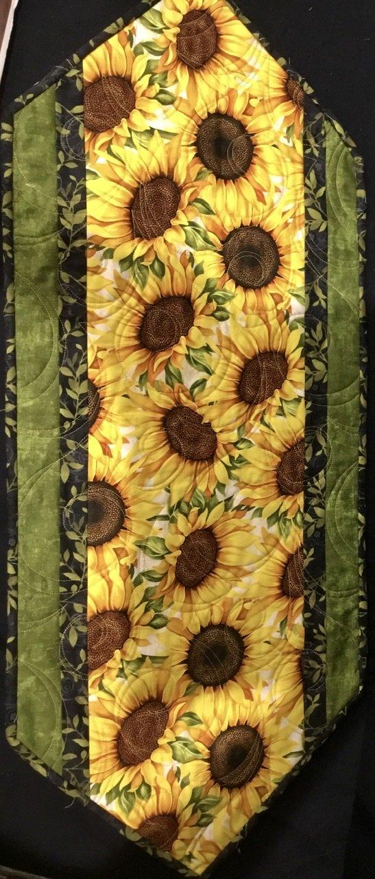Big Easy Sunflower runner