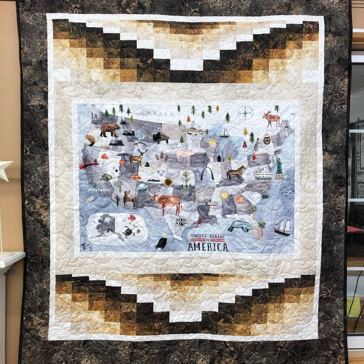 East to West W/Stonehenge kit, arctic whales pattern