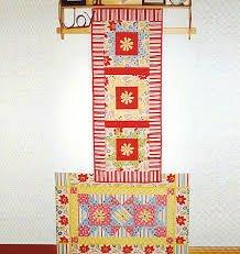 Daisy Chain Floor Mat and Tablerunner Pattern