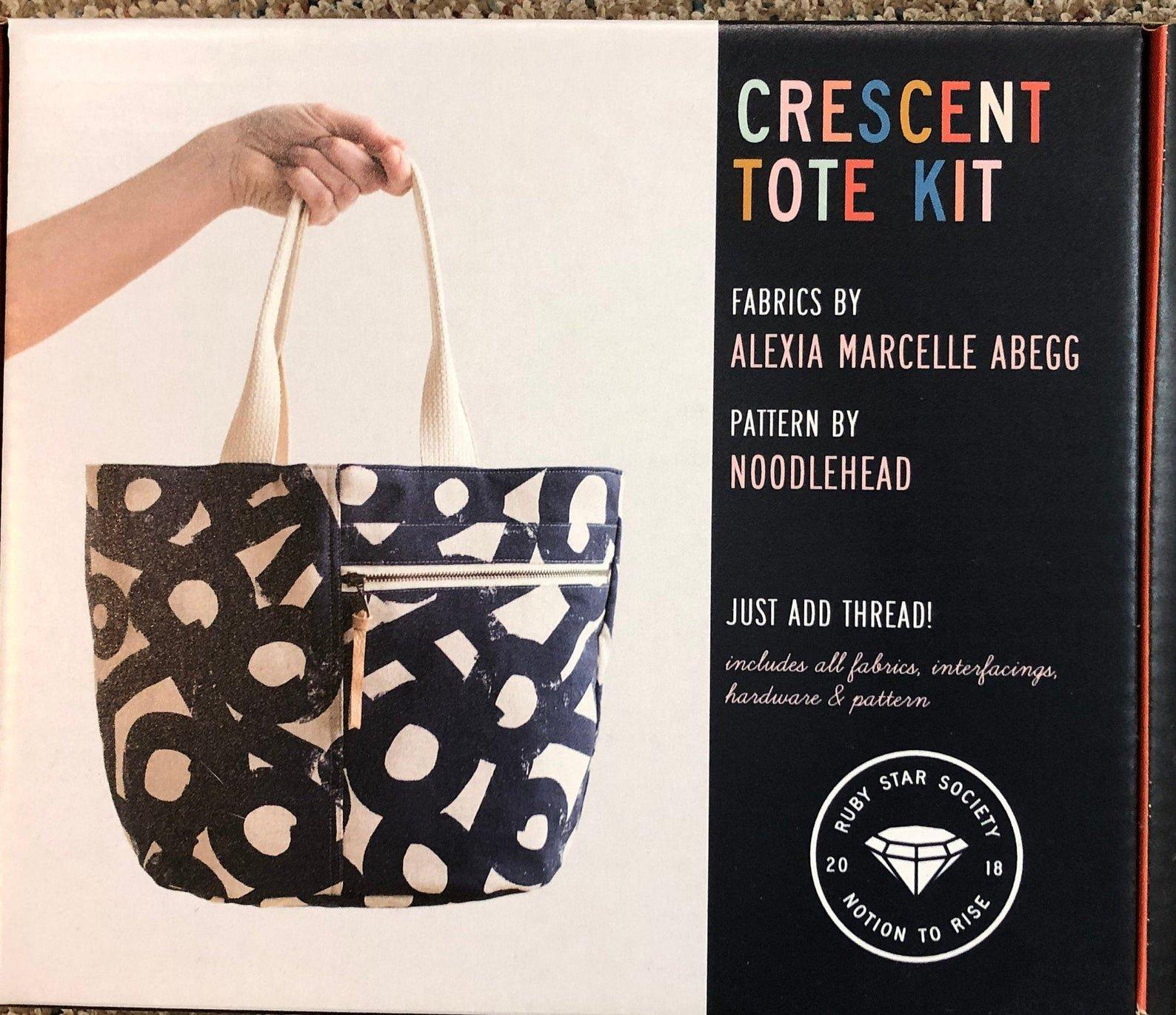 Crescent Tote Kit (Cotton Linen Canvas) (Alexia Marcelle Abegg and Noodlehead)