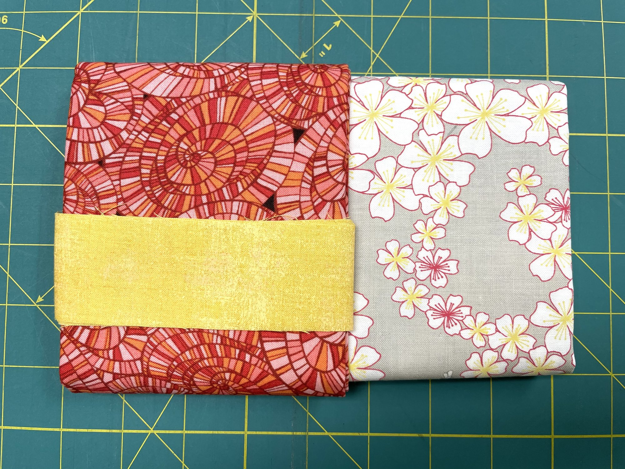 Pillowcase Kit (Standard Size)/Floral Swirls