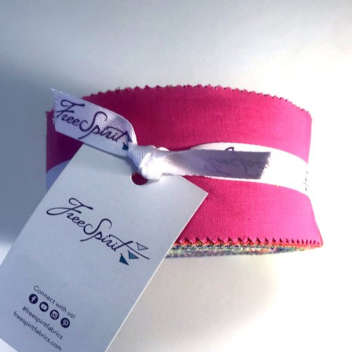 Tula Pink - Essentials Solids - 2.5 Strips - Jelly Roll of 40
