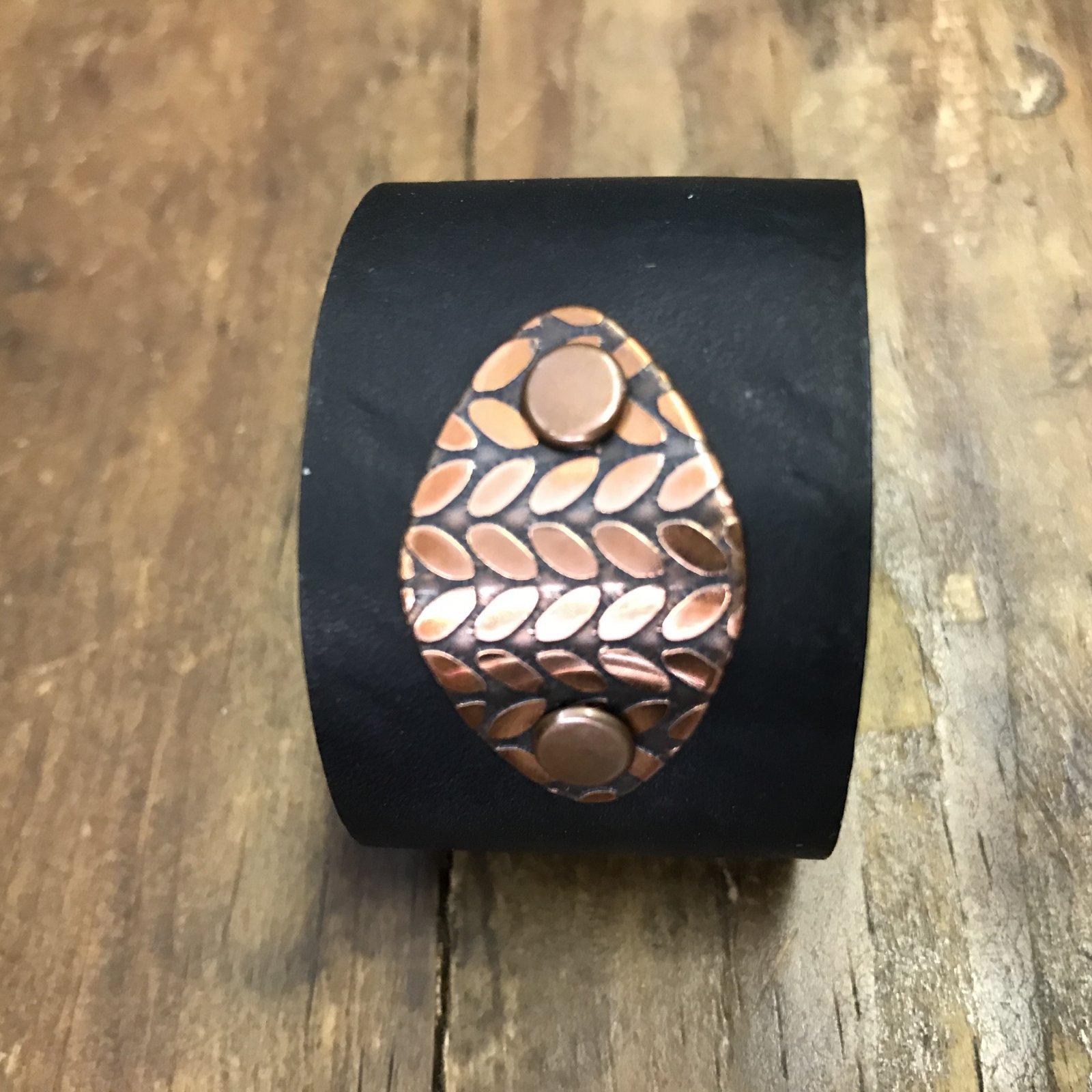 Birdie Parker Sierra Leather Shawl Cuff