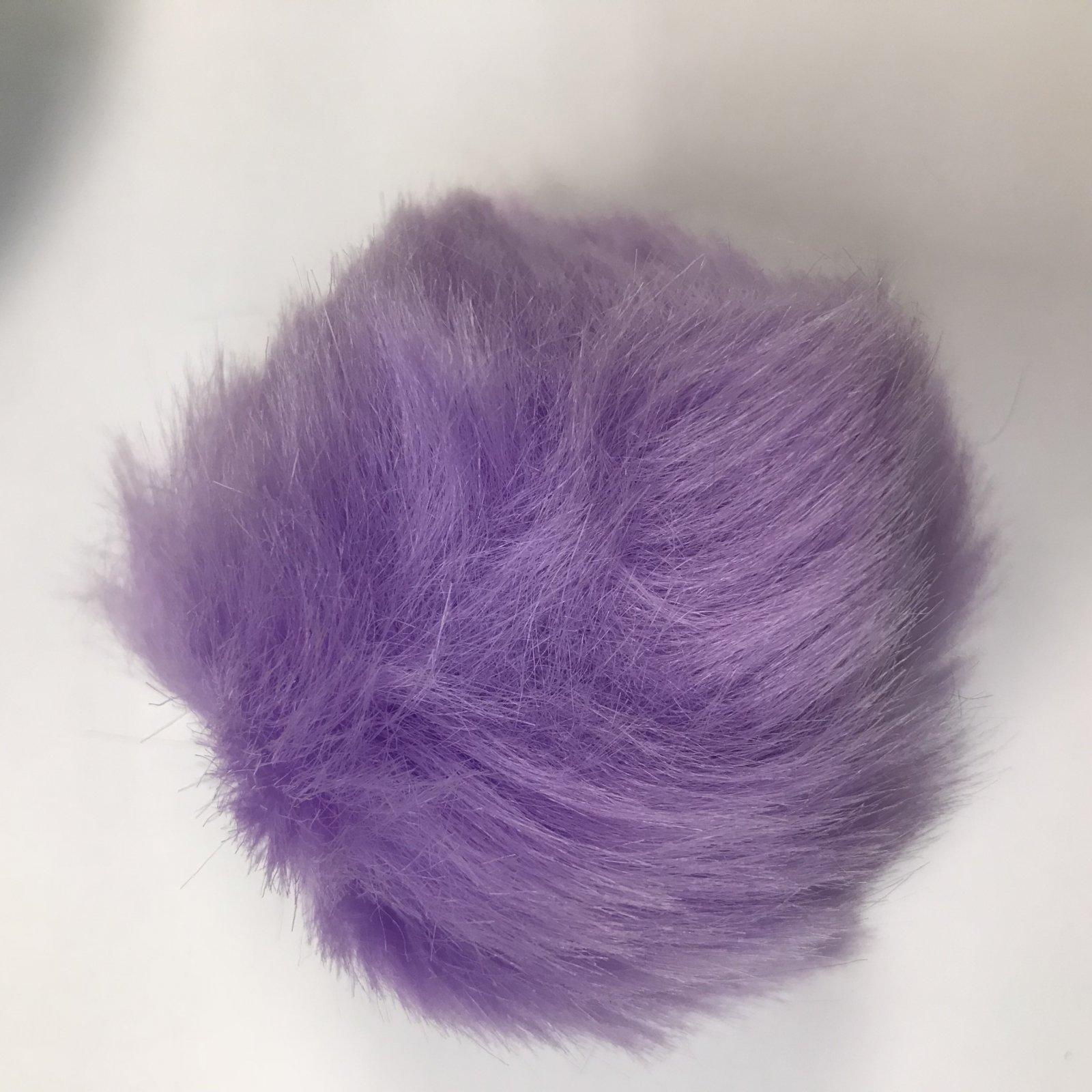 Faux Fur Poms 9 cm - Lilac