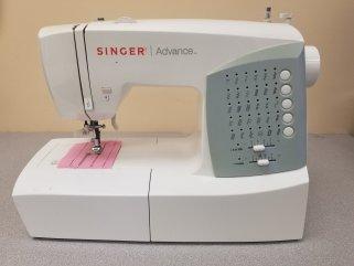 Singer Advance 445