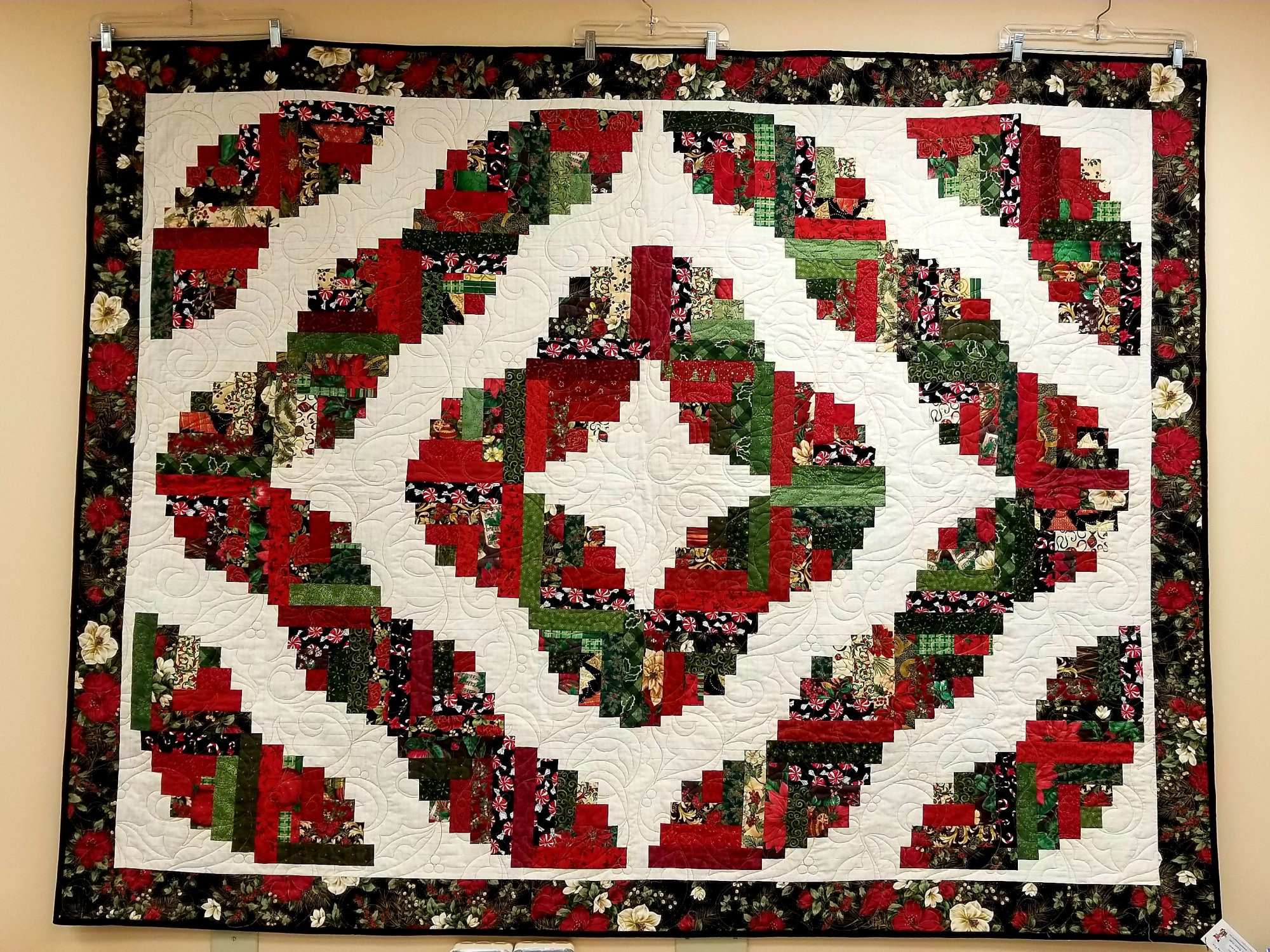 Curved Log Cabin Quilt Top