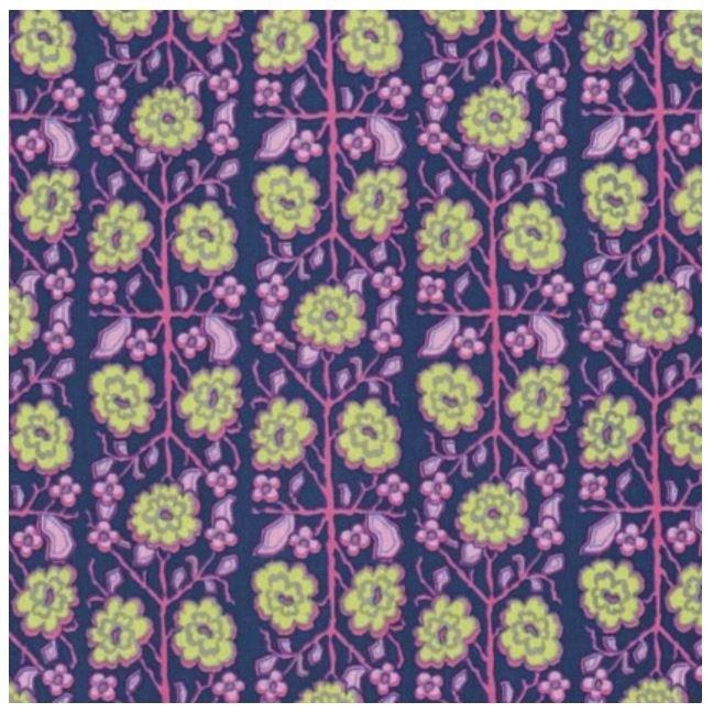 Splendor Pincushion Flower in Midnight