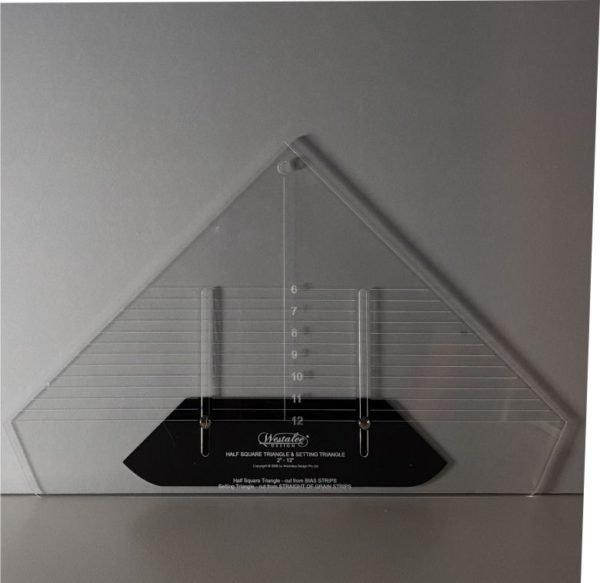 Adjustable Locking Half Square Triangles